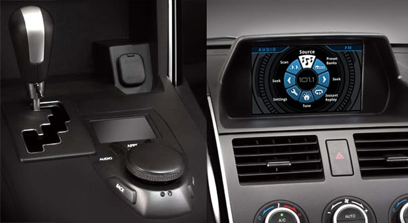 Garmin multi-sensor controller concept replaces touchscreen interface with in-console dial rig