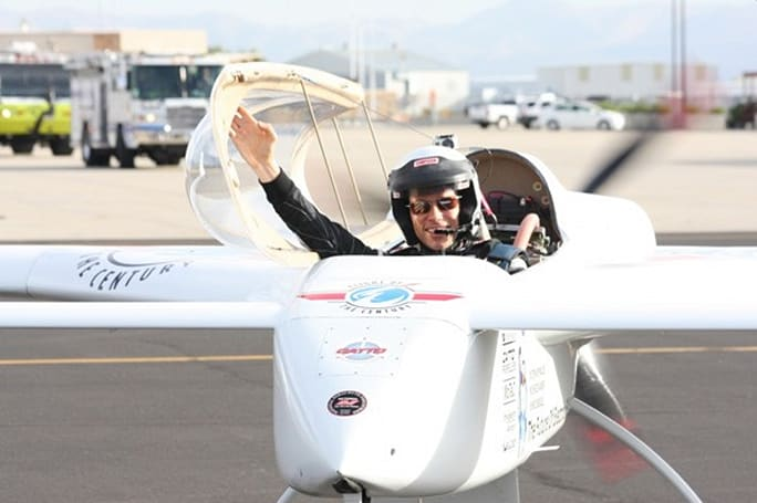 Chip Yates breaks yet another record, notches 202MPH in world's fastest electric flight (video)