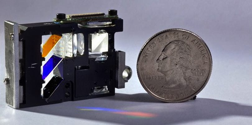 NC State's new efficient pico projector raises hopes for smartphone cinema