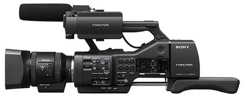 Sony unveils NEX-EA50EH pro camcorder with nary a dog or pony (video)
