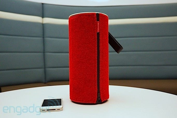 Libratone intros Zipp portable AirPlay speaker with PlayDirect, expectedly wrapped in wool (update)