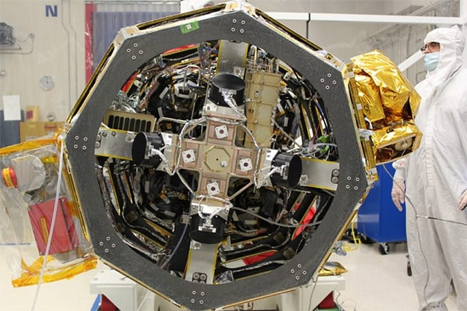 NASA readies first laser communications system for LADEE lunar satellite