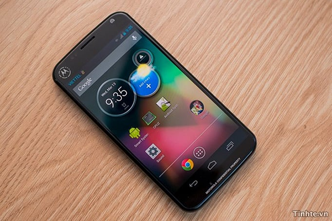 Unannounced Motorola Android phone surfaces, isn't the fabled 'X phone' (video)