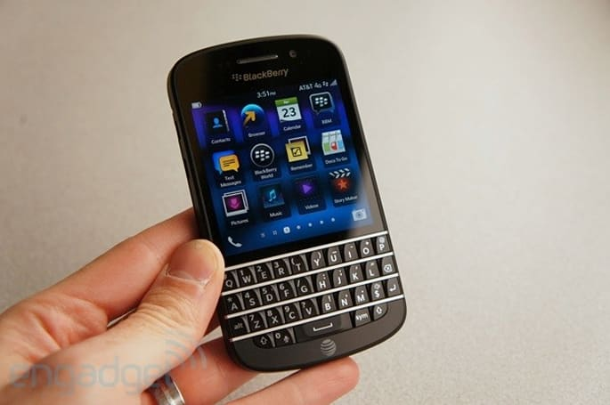 BlackBerry Z10 and Q10 get the green light from the Department of Defense