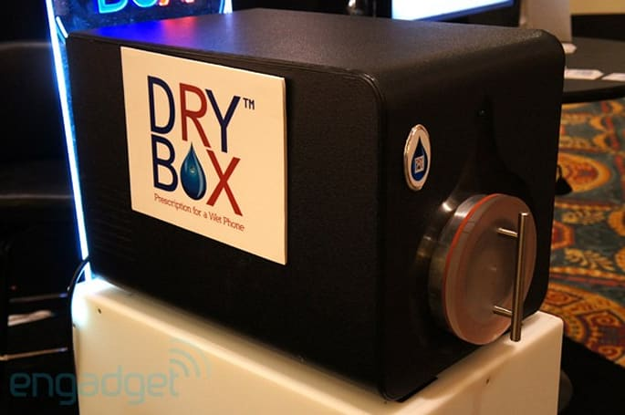 Drybox Rescue Station: the ultimate cellphone drying system (hands-on)