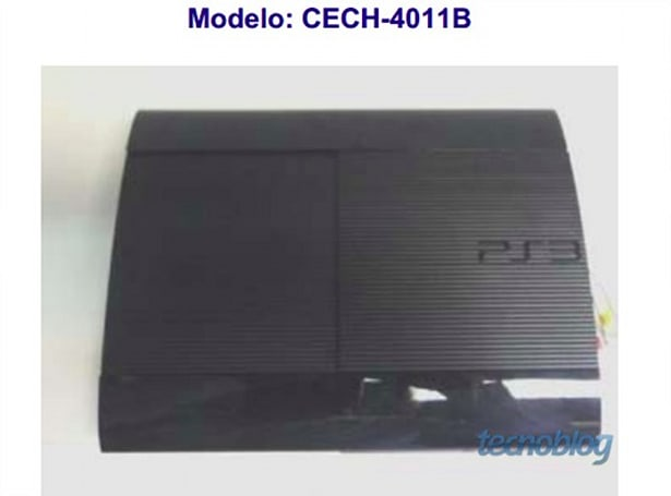 Rumor: New PS3 model photographed [update: more pics]