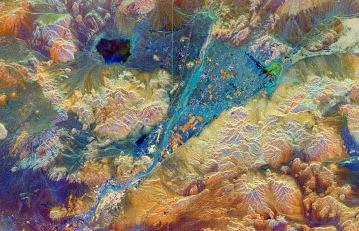Hitting the Books: Searching for ancient cities from space