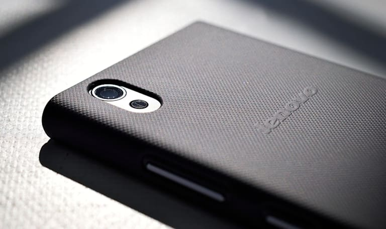 Lenovo continues to struggle as a smartphone maker
