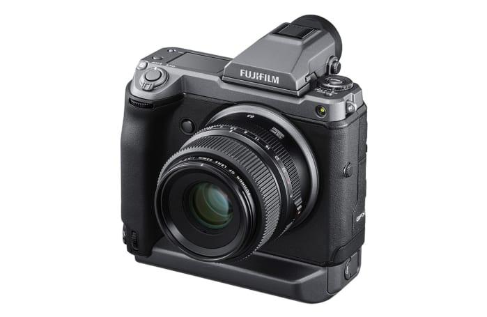 Fujifilm launches the groundbreaking 102-megapixel mirrorless GFX100