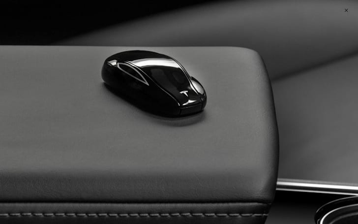 Tesla's Model 3 Key Fob arrives without 'passive entry' feature
