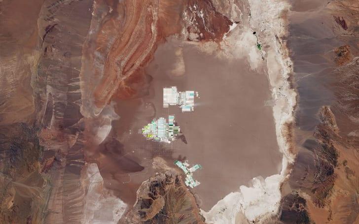EV batteries are born in Chilean evaporation ponds