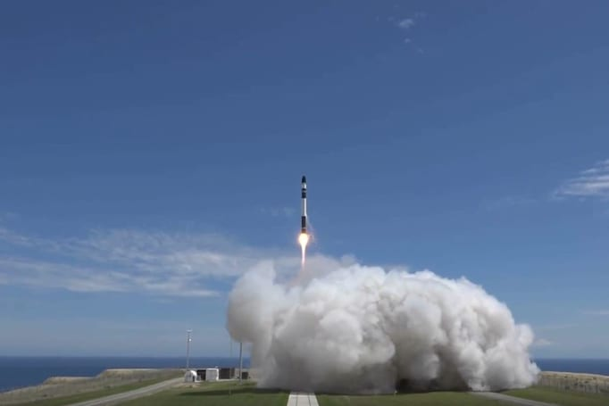 Rocket Lab completes its first commercial launch