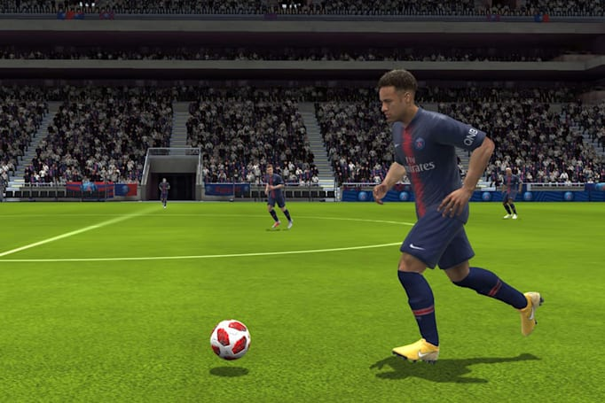 New 'FIFA Mobile' season brings revamped visuals and team chemistry