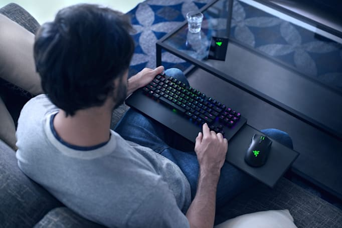 Razer unveils the first keyboard and mouse combo for Xbox One