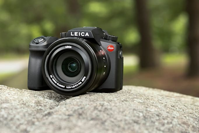 Leica's V-Lux 5 is a high-end, travel-friendly camera