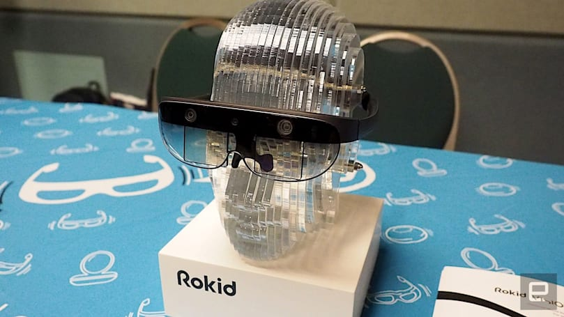 Rokid's Vision AR headset has a 3D stereo display