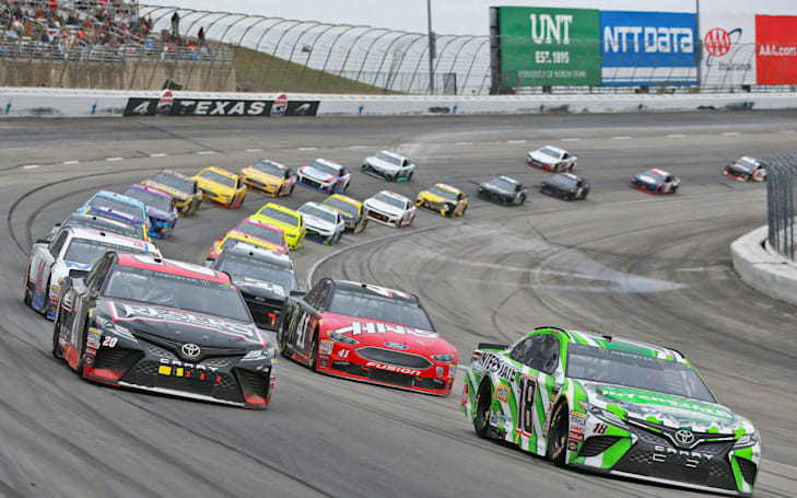 NASCAR could introduce hybrid race cars by 2022