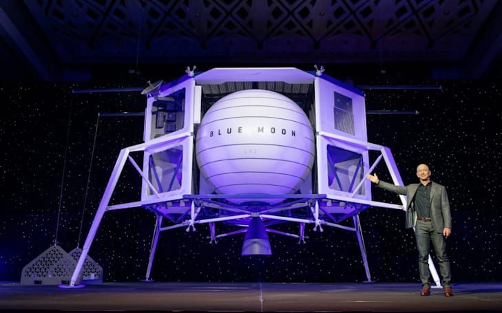 Jeff Bezos reveals his 'Blue Moon' lunar lander
