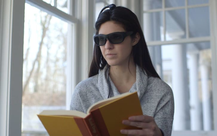 Narbis smart glasses punish distraction by turning opaque