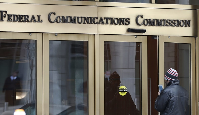 FCC commissioner calls for crackdown on sales of phone location data