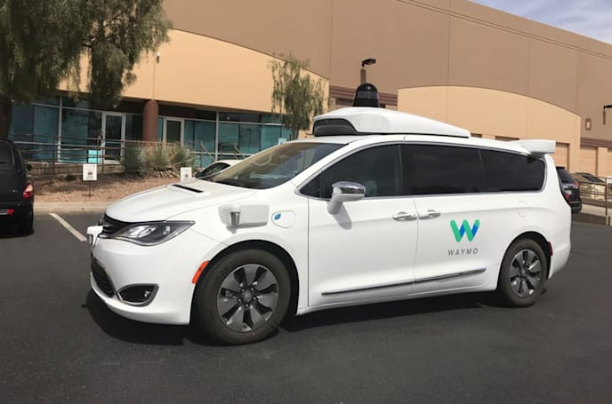 Waymo will add 62,000 Chrysler hybrid minivans to its fleet