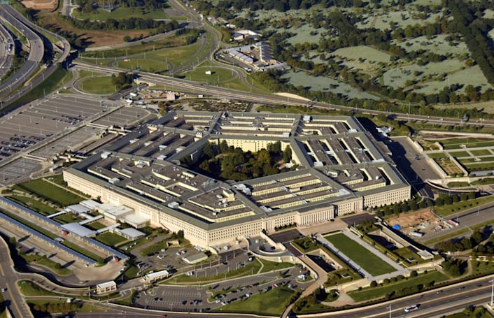 Microsoft and Amazon will fight for the Pentagon's $10B cloud contract