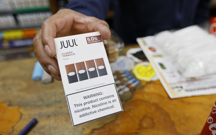 Juul will require retailers to scan IDs before selling its vapes