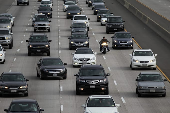 US issues final rules halting increase of fuel efficiency penalties