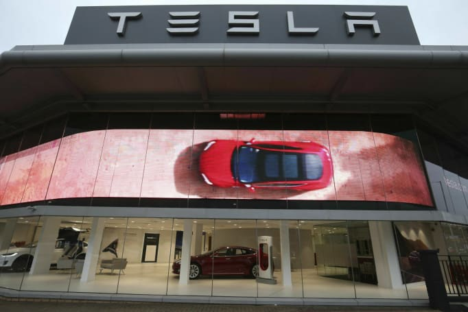 Tesla may open 'Centers' to get around pro-dealership laws
