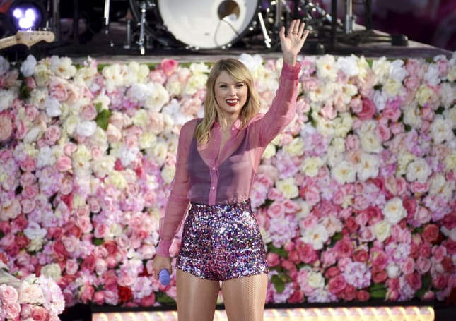 Recommended Reading: Taylor Swift and Spotify are... best friends?
