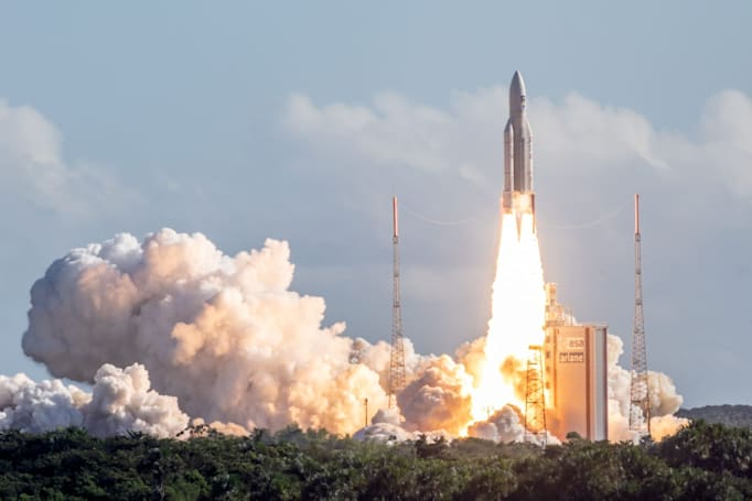 UK reportedly plans its own satellite navigation system