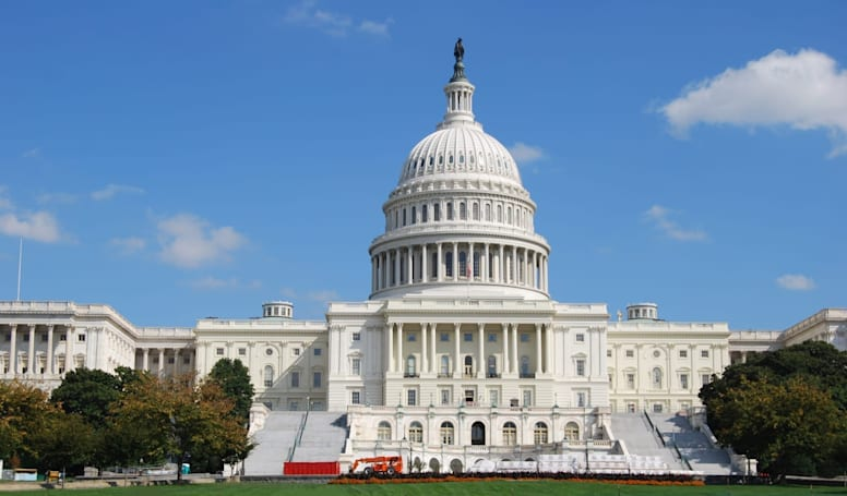 Senators want FTC to investigate Google's location data collection