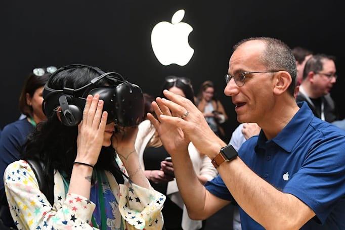 Apple's AR headset might not arrive until 2022