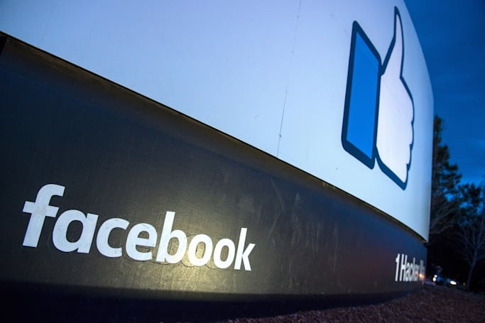 Facebook reportedly tweaks data storage on upcoming video chat device