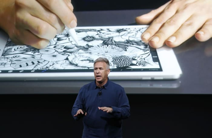 Apple's Phil Schiller says Chromebooks won't help kids succeed (updated)