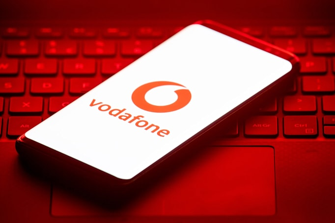 Vodafone tests open cellular radio tech that could lower call costs