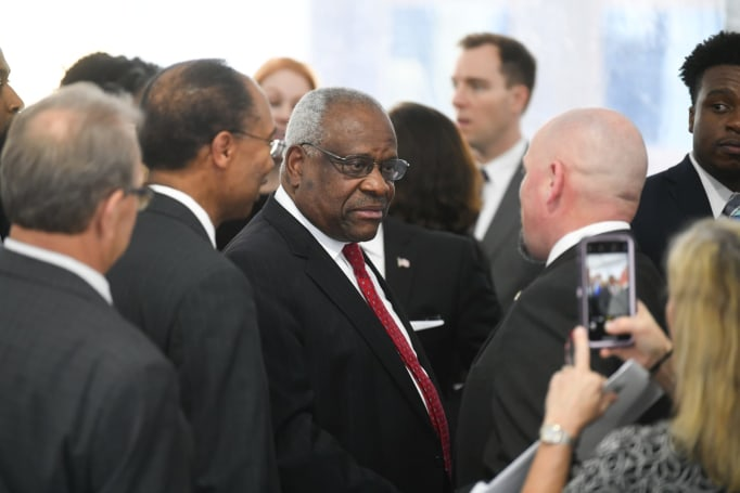 Clarence Thomas laments ruling that let FCC kill net neutrality