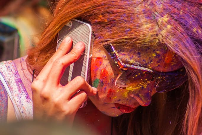 Studies suggest cellphone radiation doesn't threaten humans