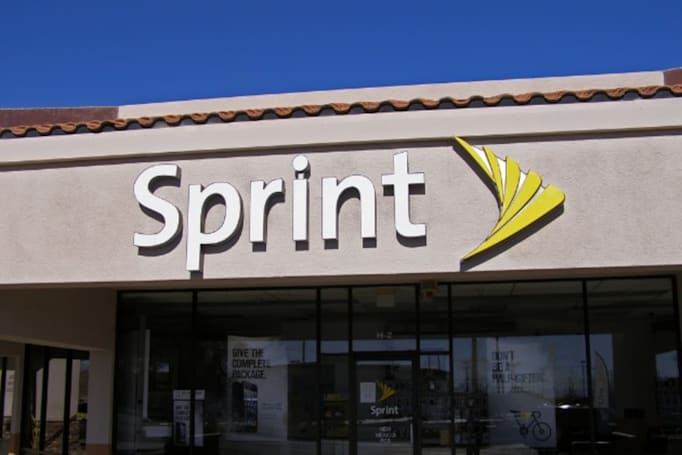 Sprint will give free data to Snapdragon PCs