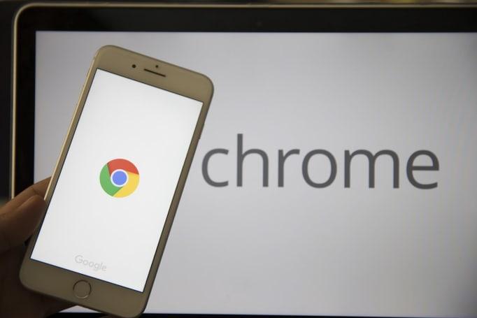往後 Chrome 將會提醒你避開網址近似的詐騙網站