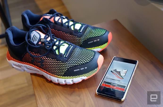 减震之外,Under Armour 新的 HOVR 鞋款也希望你能跑得更聪明
