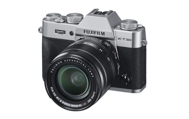 Fujifilm 在中階 X-T30 搭載高階 X-T3 的效能