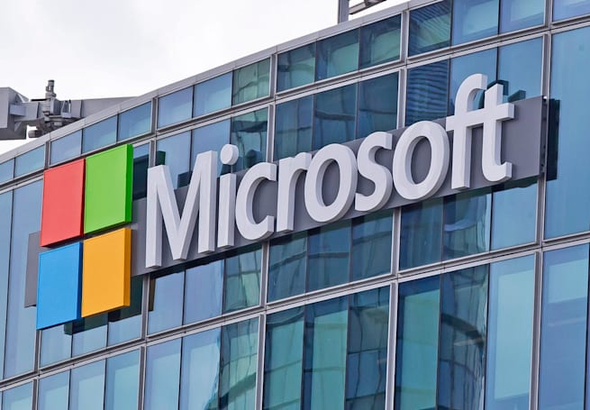 Microsoft executive allegedly attempted to embezzle $1.5 million