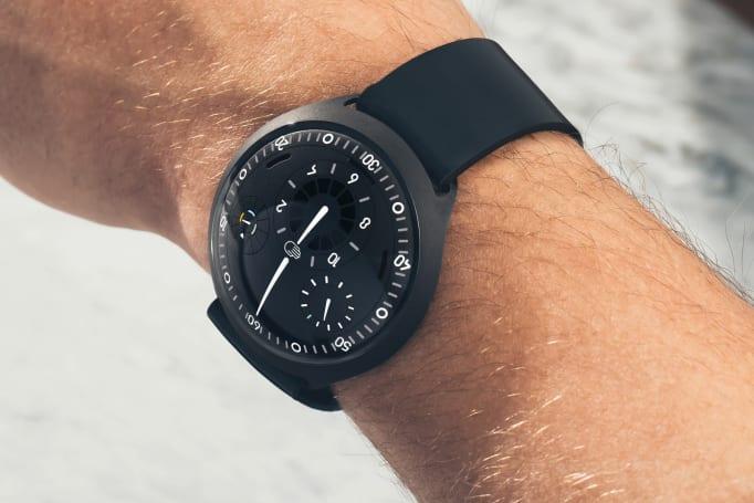 Ressence 連網機械錶將於四月正式上架,要價 48,800 美元