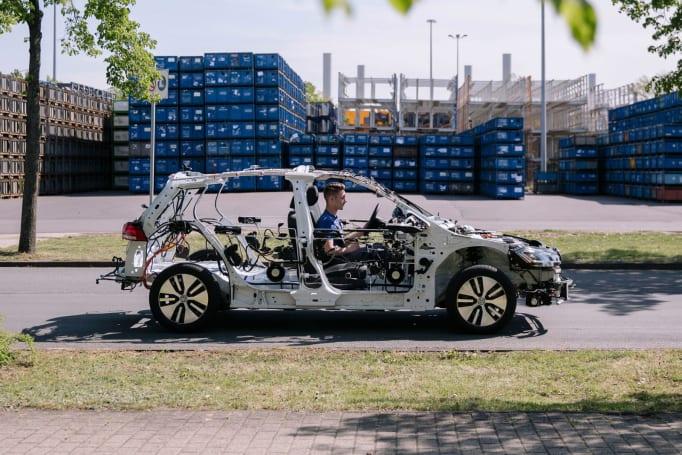 VW 這款 eGon 是款能正常駕駛的電動車架