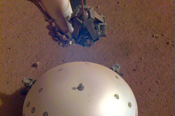 NASA 的 InSight 探測器有可能已經偵測到了第一個「火星震」