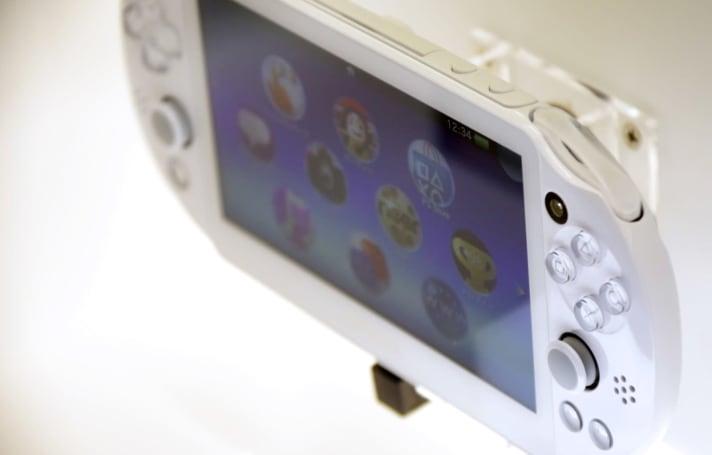 Sony 正式停产 PlayStation Vita