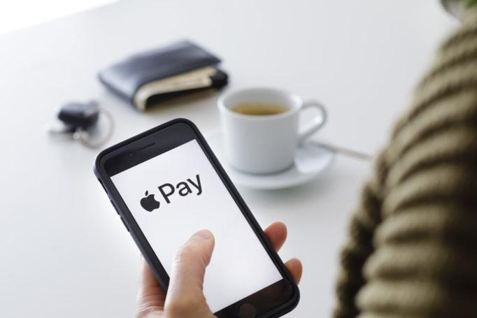 原來 iTunes 到了今天才接受 Apple Pay 付款啊