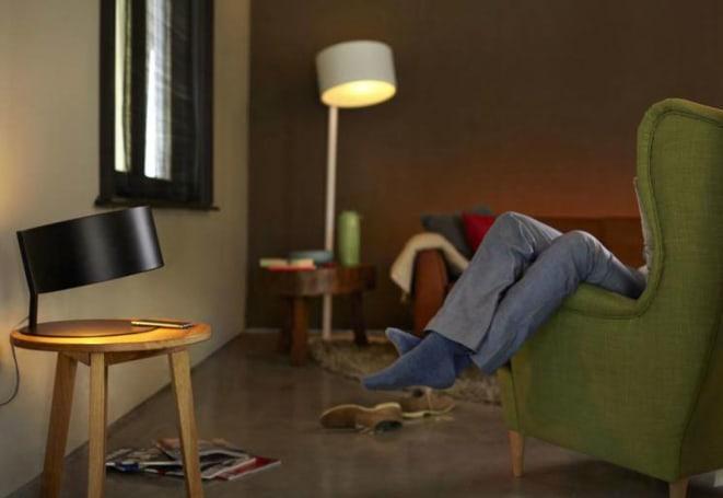 新的飞利浦 Hue 灯泡可以直接与手机连线,不用桥接器