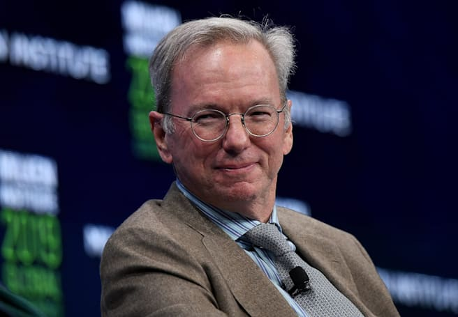 Former Google chief Eric Schmidt steps down from Alphabet's board